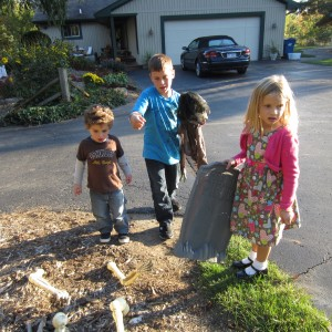 Grand Kids Decorate for Halloween