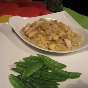 Pineapple-Apple Chicken Fettuccine