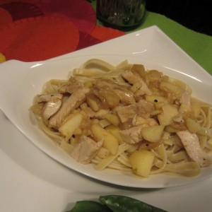 Blimpy Girl Pineapple-Apple Chicken Fettucine