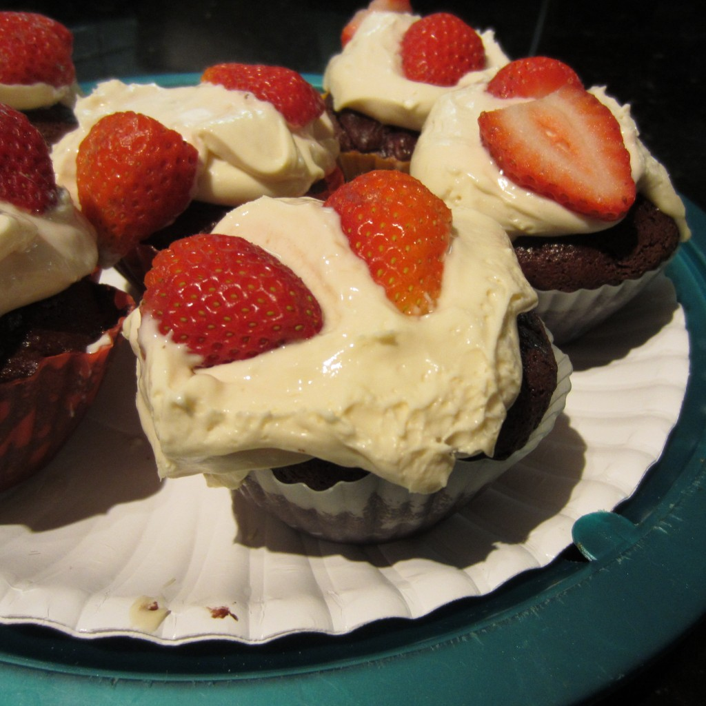 Brownie & Cream Cupcakes