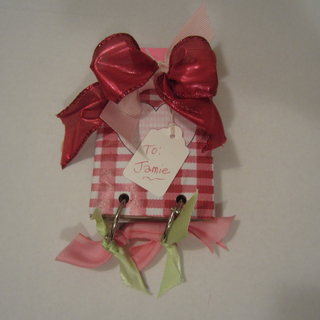 Repurposed Toilet Tissue Rolls: Valentine Craft Idea