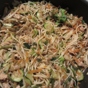 The Chicken Low Mein Cooking