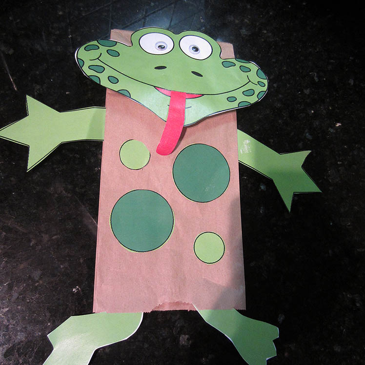 Brown Bag Frog Puppet